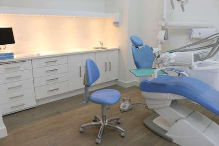 Klinik by SENZA ESPACIOS