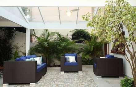 Garajes de estilo rústico por Studio 262 - arquitetura interiores paisagismo