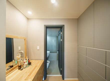 서강쌍용예가: Augmented Reality Architects의  욕실