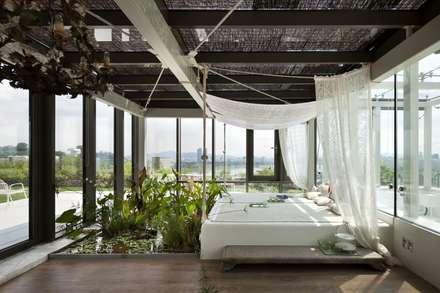 한남 라테라스: 서로 아키텍츠의  침실