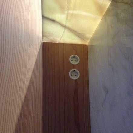 Villa N-H: minimalistische Keuken door MULTIPL-X