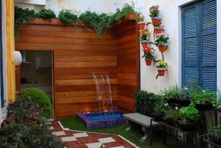 Jardim de Ervas: Jardins ecléticos por Adriana Baccari Projetos de Interiores