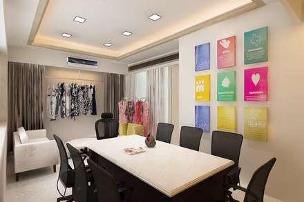 Conference room : scandinavian Study/office by Neelanjan Gupto Design Co