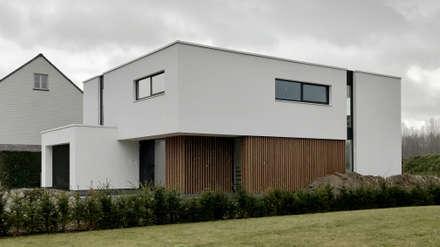 house WM-H: minimalistic Houses by Niko Wauters architecten bvba