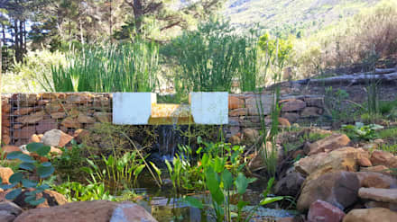 HOUSE THREE: rustic Garden by Greenacres Cape landscaping