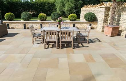 Exterior Limestone Floor:  Terrace by Lincolnshire Limestone Flooring
