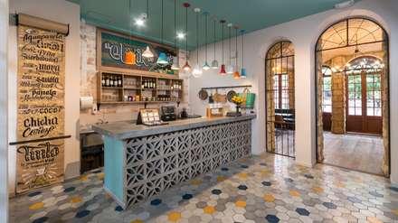 Barra de Jugos: Locales gastronómicos de estilo  por KDF Arquitectura