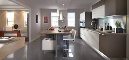 Modern Kitchen with Island by Schmidt: modern Kitchen by Schmidt Kitchens Barnet