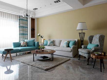   L&C 住宅  :  客廳 by 賀澤室內設計 HOZO_interior_design