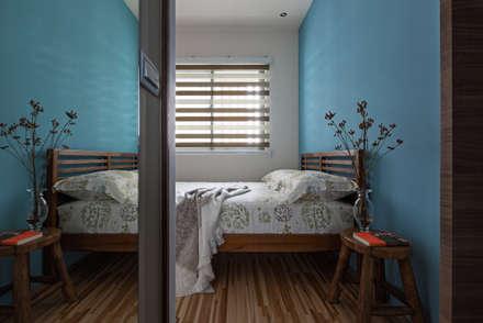   Mr. coriander's home  :  臥室 by 賀澤室內設計 HOZO_interior_design
