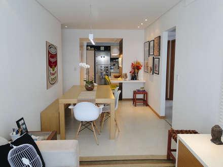 Sala de jantar do Apartamento Mariz e Barros: Salas de jantar modernas por Priscila Boldrini Design e Arquitetura
