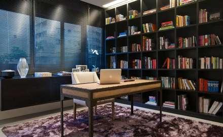 moderne Arbeitszimmer von Caroline Gabriades