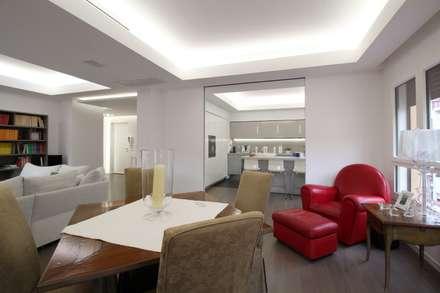 APPARTAMENTO A PALERMO - 2015: Sala da pranzo in stile in stile Minimalista di Giuseppe Rappa & Angelo M. Castiglione