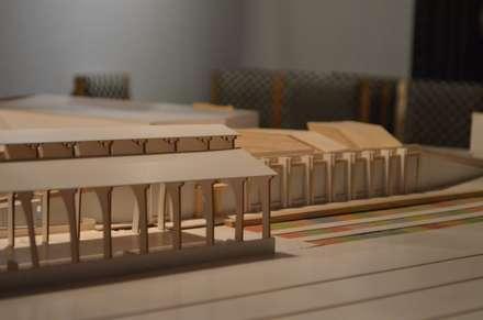 Estación Intermodal en barrio estación Temuco: Salas multimedias de estilo  por Studio Himmer
