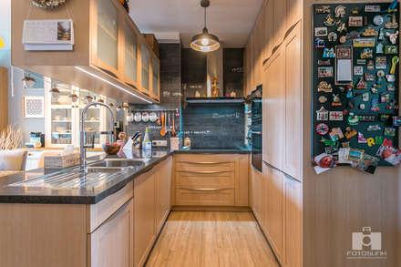Real Estate - Budapest- HUN: scandinavian Kitchen by Tamas Bata Photography