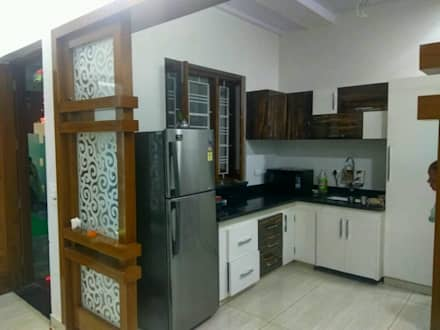 VINOD GARG HOUSE AT FATEHABAD: Modern Kitchen By Dream Homes Architect