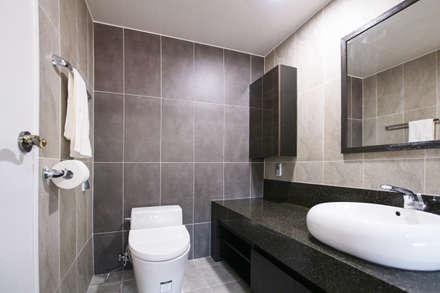 햇살담은집 : 로이하우스의  욕실