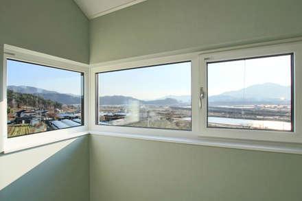 햇살담은집 : 로이하우스의  창문