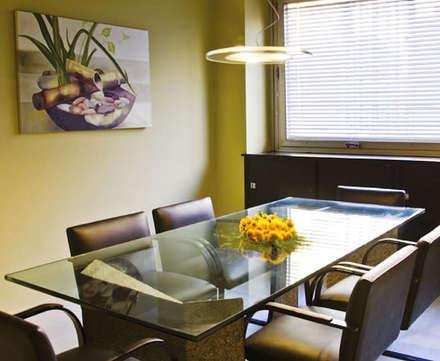 Piso de Oficinas: Edificios de Oficinas de estilo  por Majo Barreña Diseño de Interiores