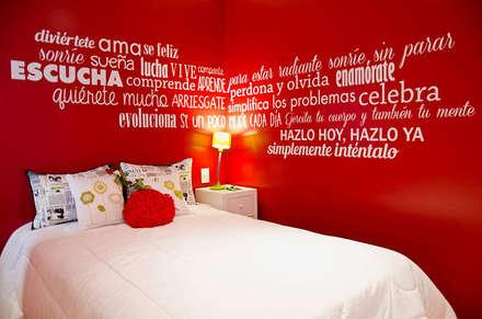 Millenials' Apartment: Dormitorios de estilo moderno por Majo Barreña Diseño de Interiores