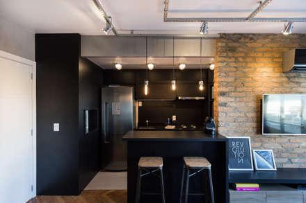 industrial Kitchen by K+S arquitetos associados