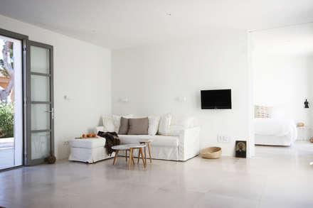 1303: mediterrane Wohnzimmer von jle architekten