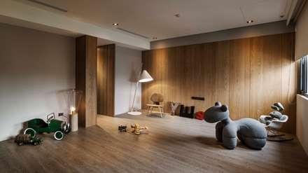 家的溫度 豁然:  嬰兒/兒童房 by 晨室空間設計有限公司