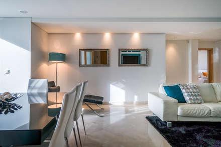 Sala de jantar: Salas de jantar modernas por Zenaida Lima Fotografia