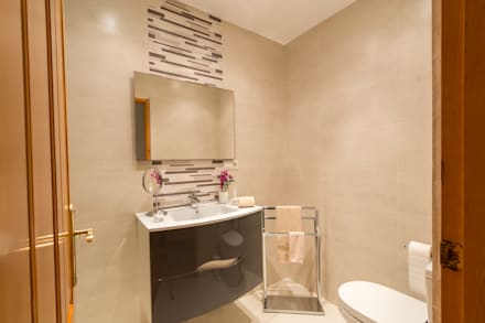 Cuarto de baño: Baños de estilo moderno de Home & Haus | Home Staging & Foto