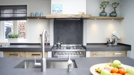 country Kitchen by Langens & Langens BV