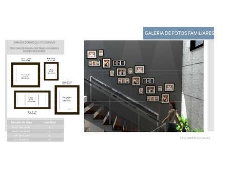 Collage de fotos en pared: Pasillos y vestíbulos de estilo  por Arq. Marynes Salas