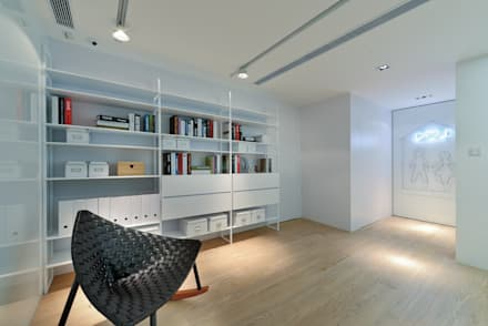 House in Shatin : modern Study/office by Millimeter Interior Design Limited
