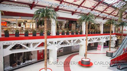 Sonae Sierra Centro Commerciale Freccia Rossa a Brescia: Centri commerciali in stile  di Carlo Civera Interior Design Studio