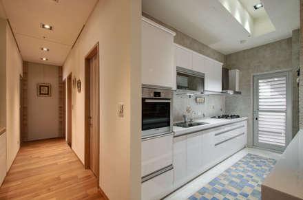 生活溫度:  廚房 by 芸采創意空間設計-YCID Interior Design