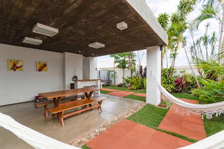 CASA D&C : Casas modernas por Diego Alcântara  - Studio A108 Arquitetura e Urbanismo