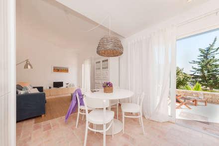 Salas de estar mediterrânicas por homify
