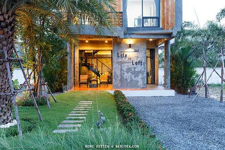 บ้านพักตากอากาศ ชลบุรี:  บ้านและที่อยู่อาศัย by BEYOND HOME (THAILAND) Co.,Ltd