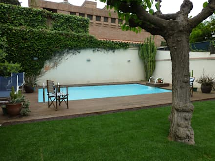 Jardín en Bonanova: Jardines de estilo clásico de  Naturalgardens  Tindas project s.l