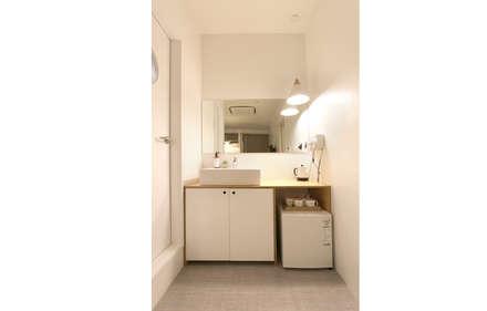 Haru Hostel : 디자인 스튜디오 파브의  화장실