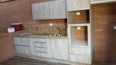 rustic Kitchen by EKOa Empreendimentos Sustentáveis