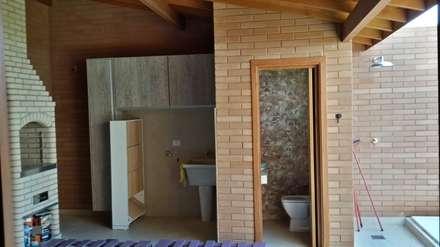 Baños de estilo rústico por EKOa Empreendimentos Sustentáveis