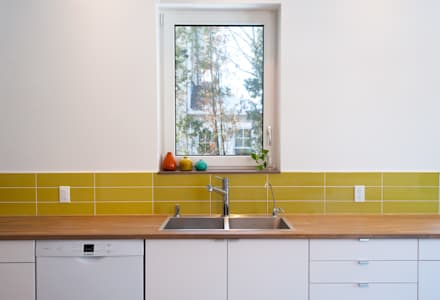 : minimalistic Kitchen by Solares Architecture
