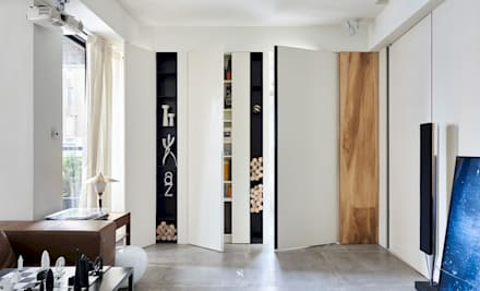 小.曲折 | <Anti-Sinuous>:  窗戶與門 by 理絲室內設計有限公司 Ris Interior Design Co., Ltd.