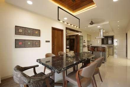 Mr vora's flat: asian Dining room by studio 7 designs
