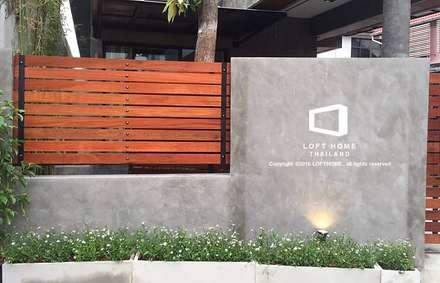 บ้านเดี่ยว 2ชั้น สไตล์โมเดิร์นลอฟท์:  บ้านและที่อยู่อาศัย by LOFT HOME (THAILAND) Co.,Ltd