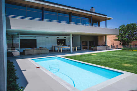 House Swart (Cameron Court Unit 1): modern Pool by Swart & Associates Architects