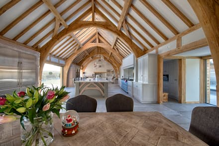 Forty Farm: country Kitchen by Smarta