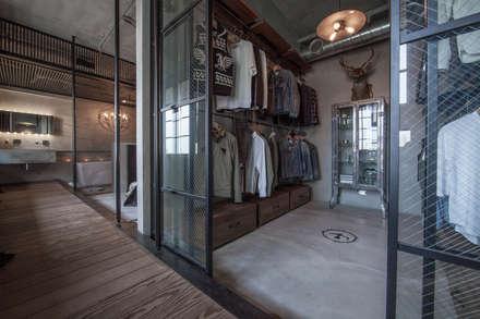ห้องแต่งตัว by 璧川設計有限公司