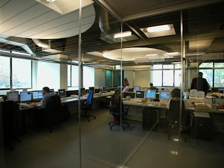 Dealing 2: Complessi per uffici in stile  di ibedi laboratorio di architettura