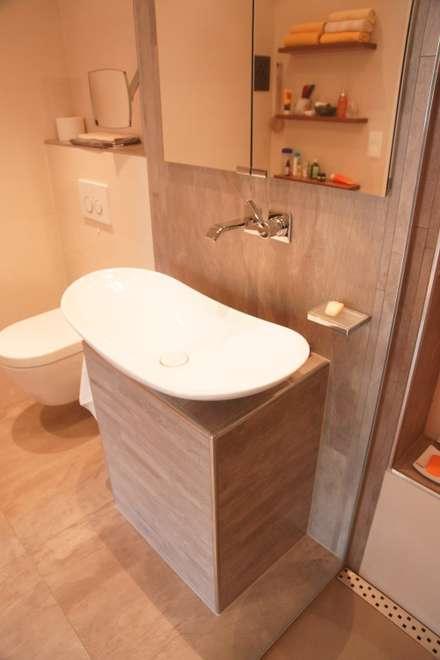 rustikale badezimmer einrichtungsideen und bilder homify. Black Bedroom Furniture Sets. Home Design Ideas